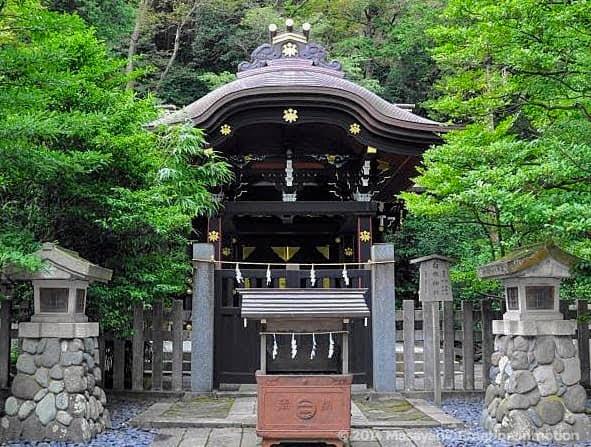 鶴岡八幡宮/白旗神社