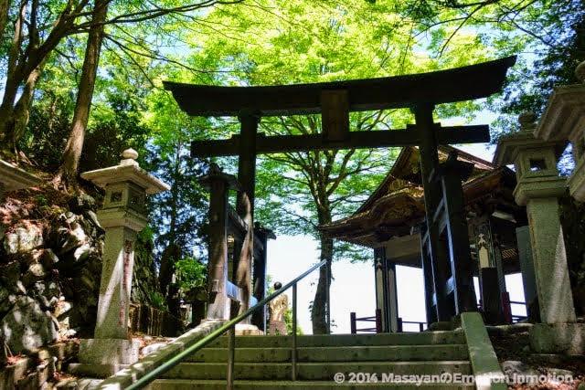 三峯神社/遥拝殿