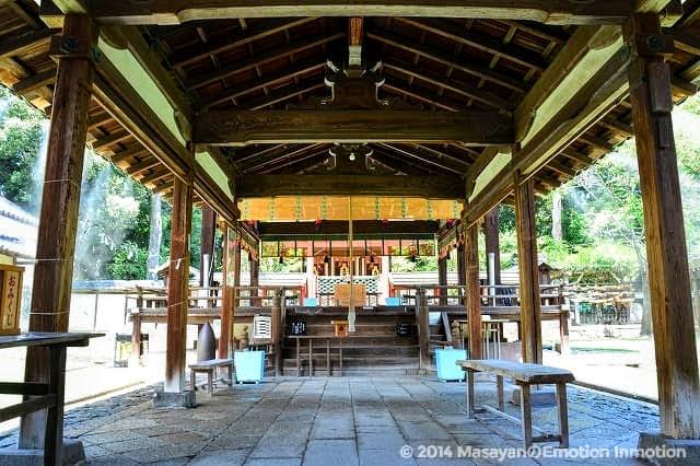 氷室神社拝殿
