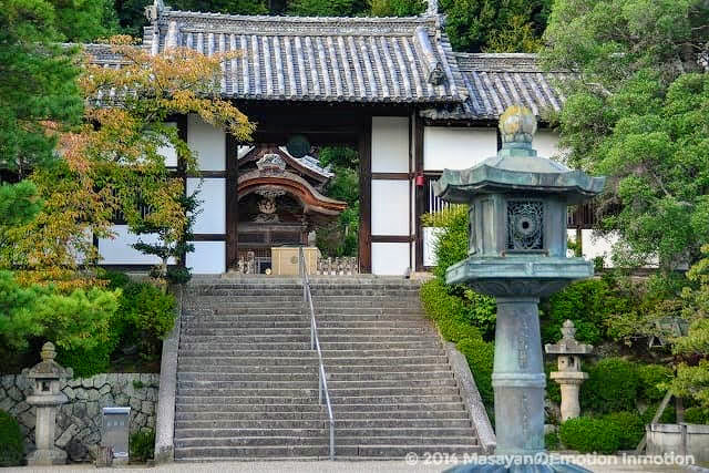 叡福寺二天門