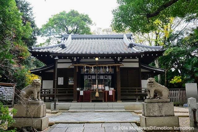 安居神社拝殿