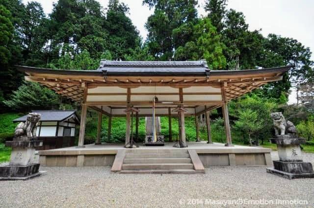 八咫烏神社