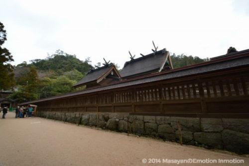 出雲大社拝殿側面